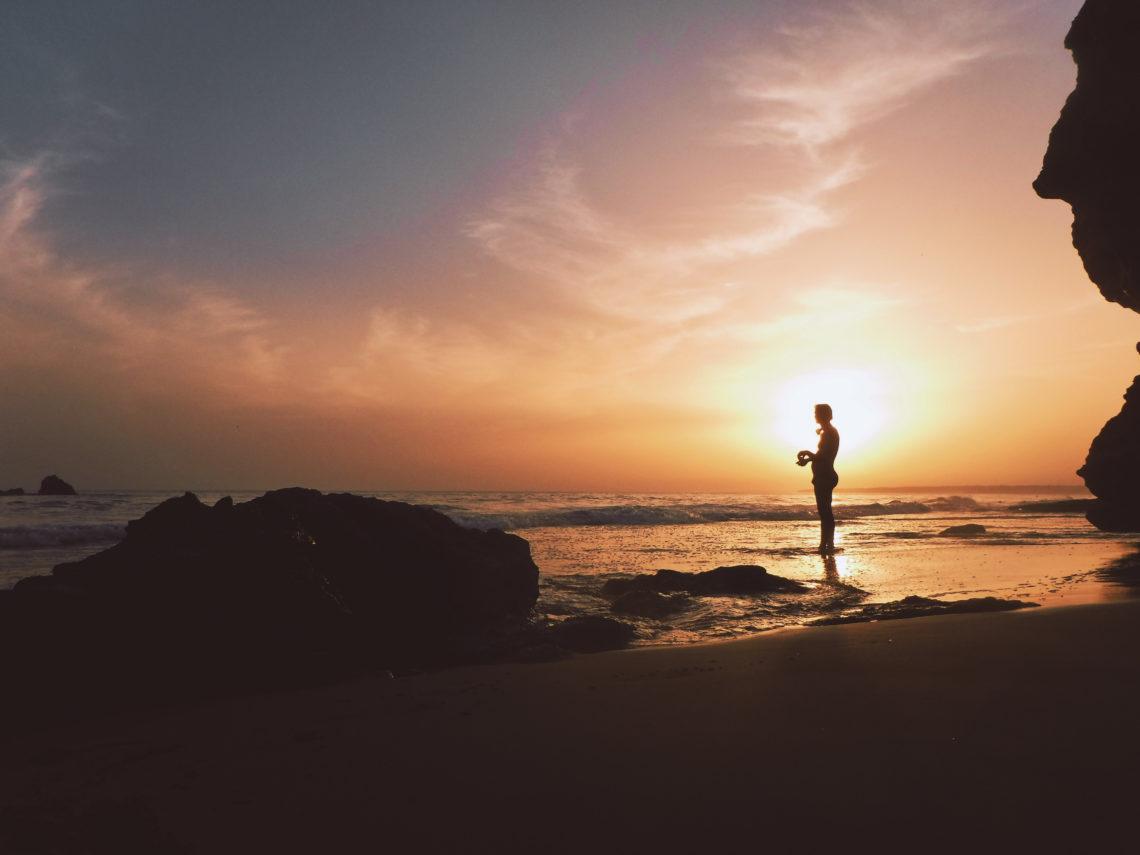 Partir à la recherche de soi-même et se découvrir en voyage